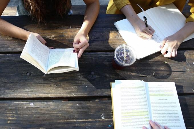 Teste- Será que seus amigos atrapalham seus estudos?