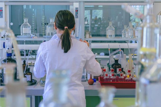 [orientação] Posso fazer licenciatura em Química e trabalhar na indústria?