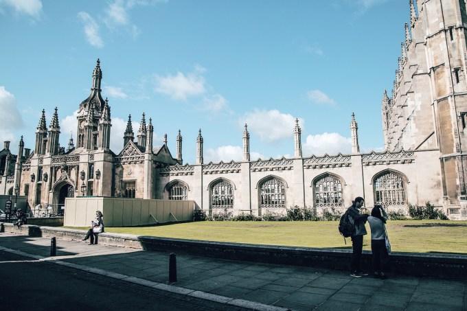 [post parceiro] Concurso de redação premia estudantes com curso de verão em Cambridge