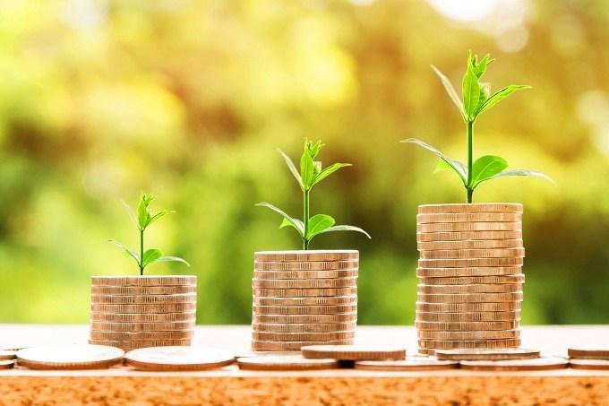 10 dicas para economizar dinheiro enquanto estuda fora