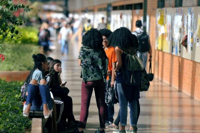 Pela primeira vez, negros são maioria nas universidades públicas
