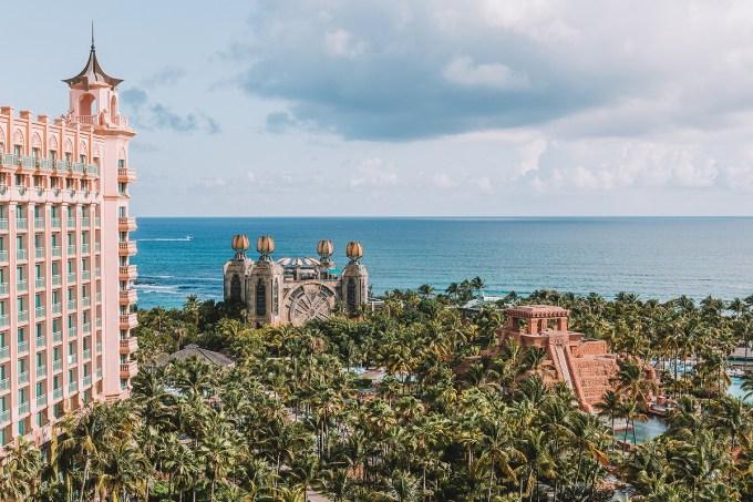 Concurso de redação para amadores premia com duas semanas no Caribe (facebook)