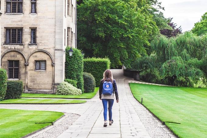 [nota] 5 fatores para avaliar na hora de escolher uma faculdade