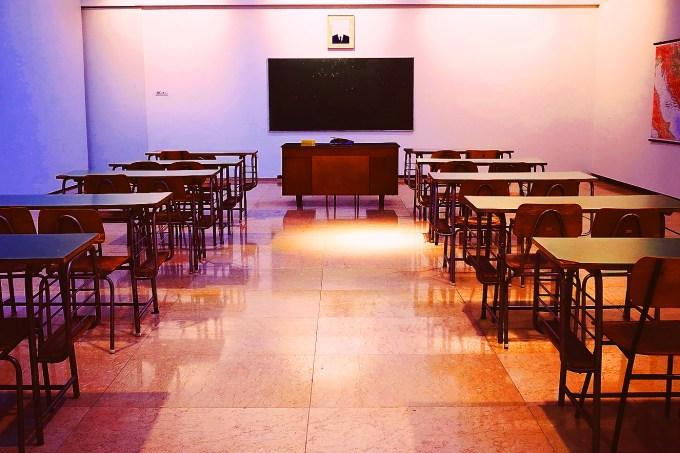 [nota] 20 países já cancelaram ou adiaram exames nacionais, aponta levantamento do Instituto Unibanco