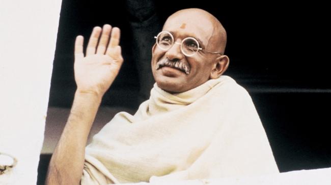 Gandhi(1982)