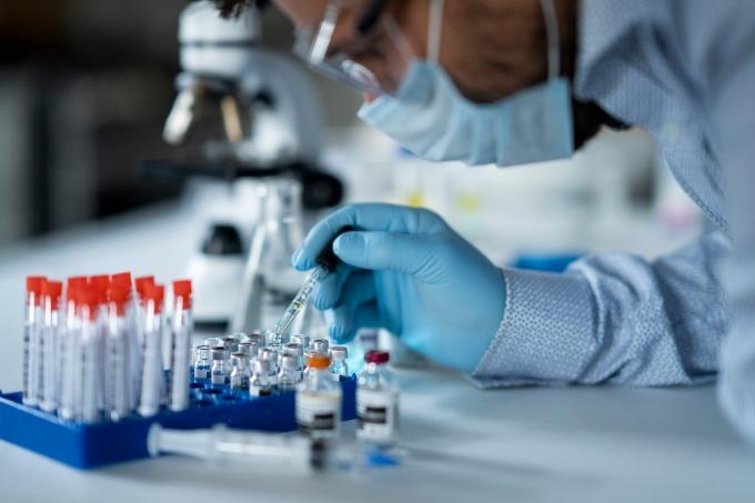 testes vacina covid-19