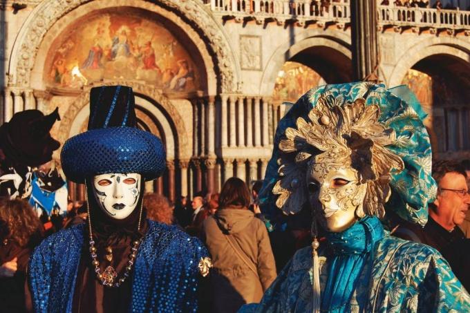 Carnaval no mundo Viagem e Turismo