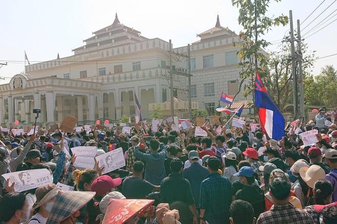 Protestos em Mianmar
