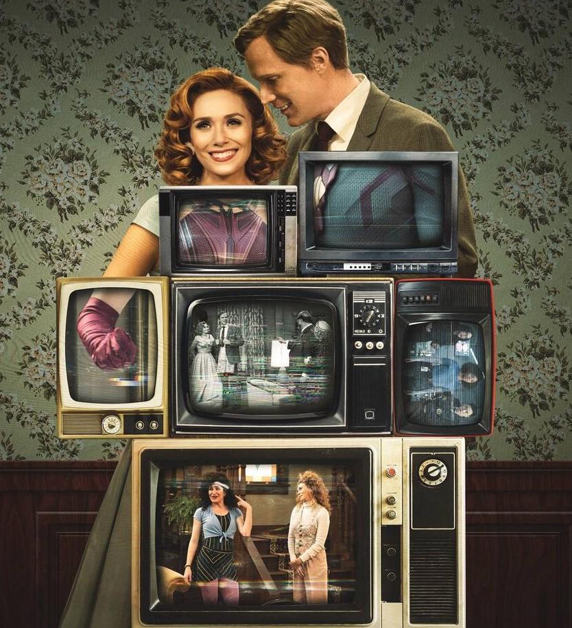 Pôster de Wandavision, onde se vê várias televisões em frente ao corpo de Wanda e Visão, com interferência na imagem