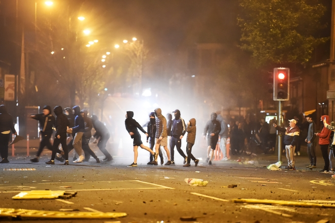 Protesters Clash With Police In Shaftsbury Square Area Of Belfast