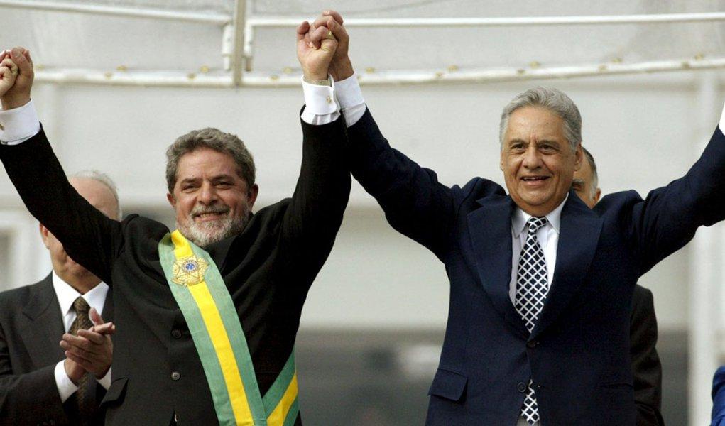 FHC e Lula na transição de poder em 2003