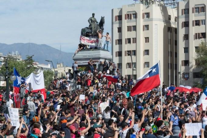 Protestos no Chile – Praça Baquedano, Santiago