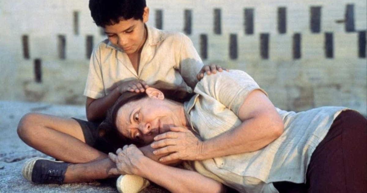Central do Brasil (1998), de Walter Salles. O filme quase rendeu um Oscar para a atriz Fernanda Montenegro