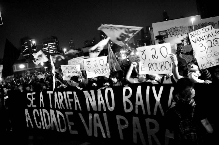 Movimento Passe Livre convoca atos contra o aumento de 20 centavos nas tarifas de ônibus, metrô e trens em São Paulo