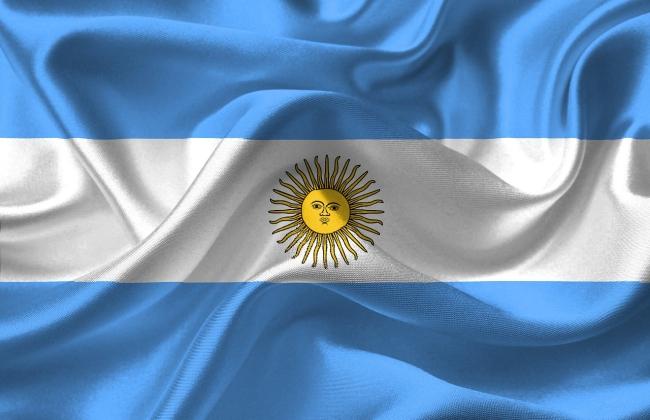 Argentina foi o primeiro país a legalizar o casamento homoafetivo.