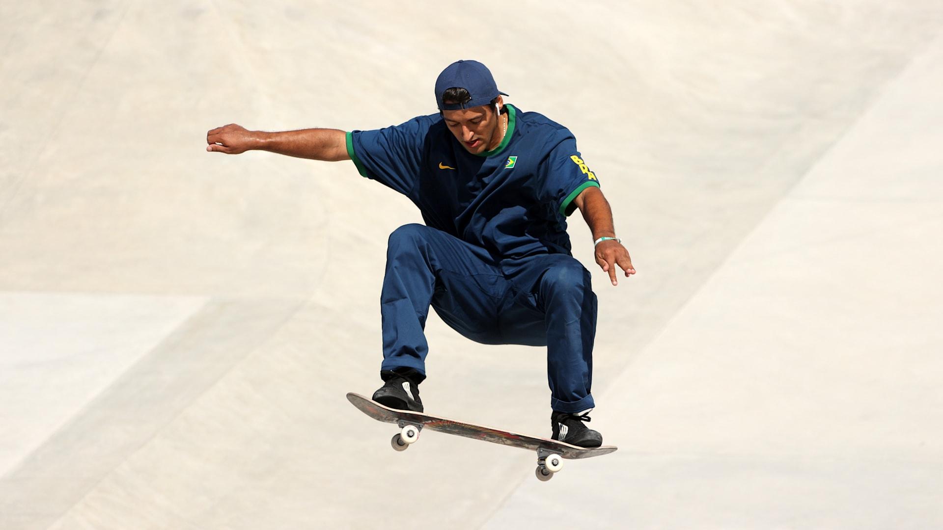 Kelvin Hoefler é prata no skate e conquista primeira medalha do Brasil em Tóquio 2020
